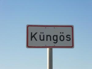 A társaság központja Küngös településen található
